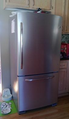 Refrigerator 001